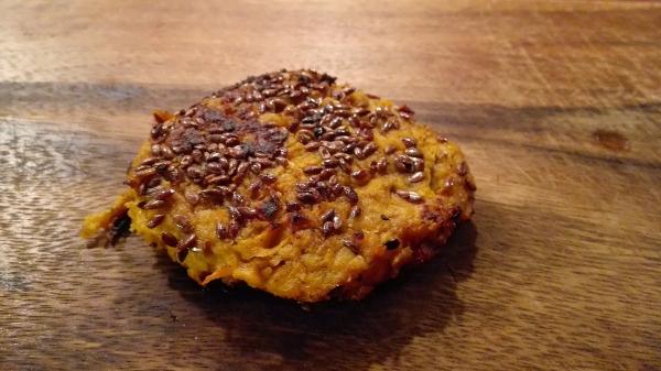 Parhaimmillaan falafel on herkullisen mausteista ja siitä nauttii niin kasvis- kuin lihansyöjäkin.